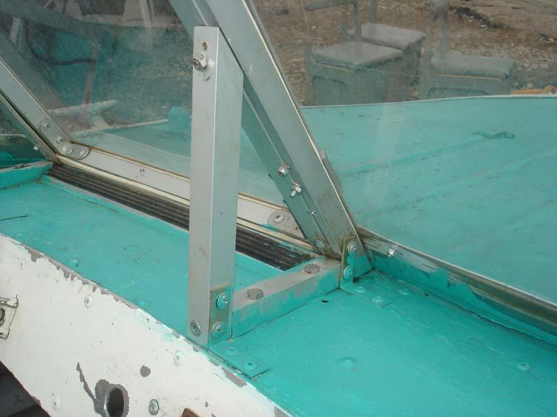 Лобовое стекло для лодки своими руками 527
