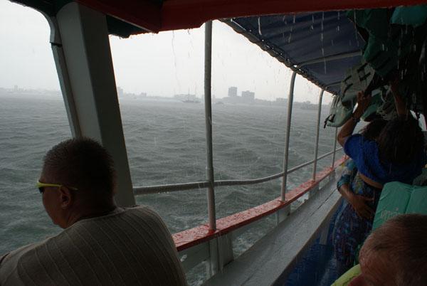 Дождь в Паттайе